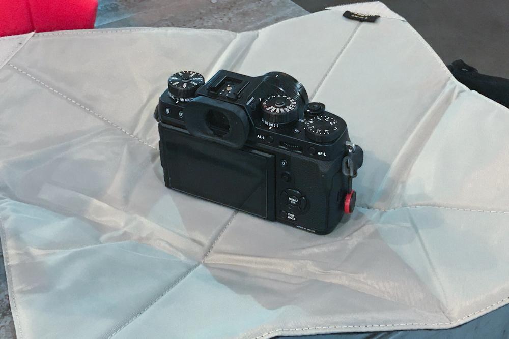 Fujifilm X-T2, Fujifilm XF-35mm F/2 in a Ruggard Gear Wrap 15x15