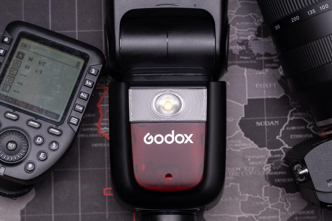 Godox V860 III
